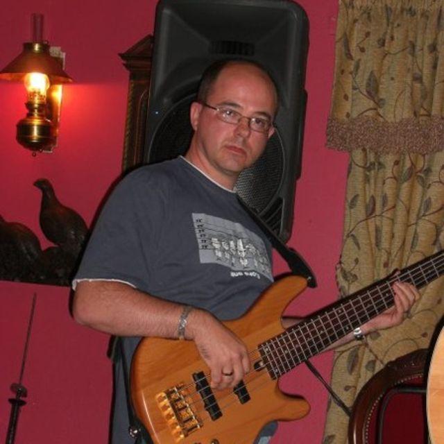Chris-the-Bass