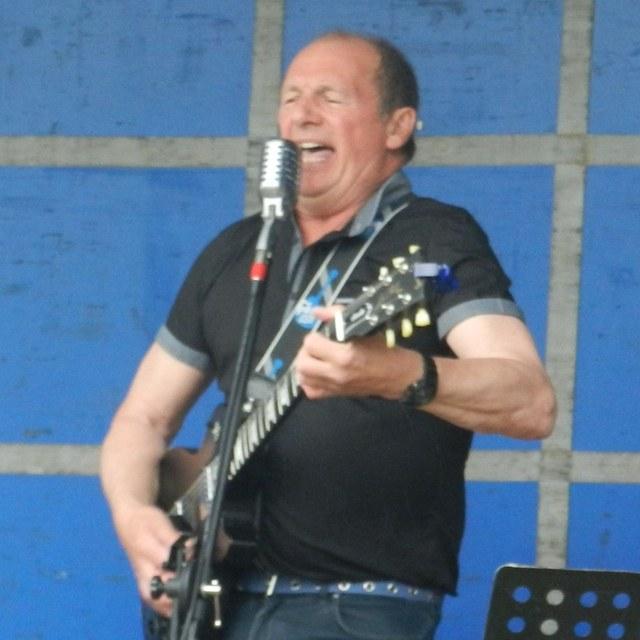 Dave Robertson
