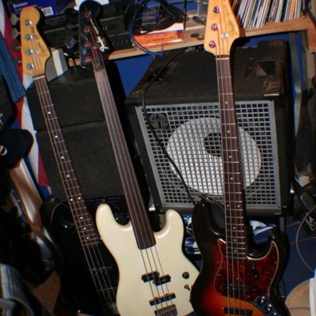 61 Bass Head