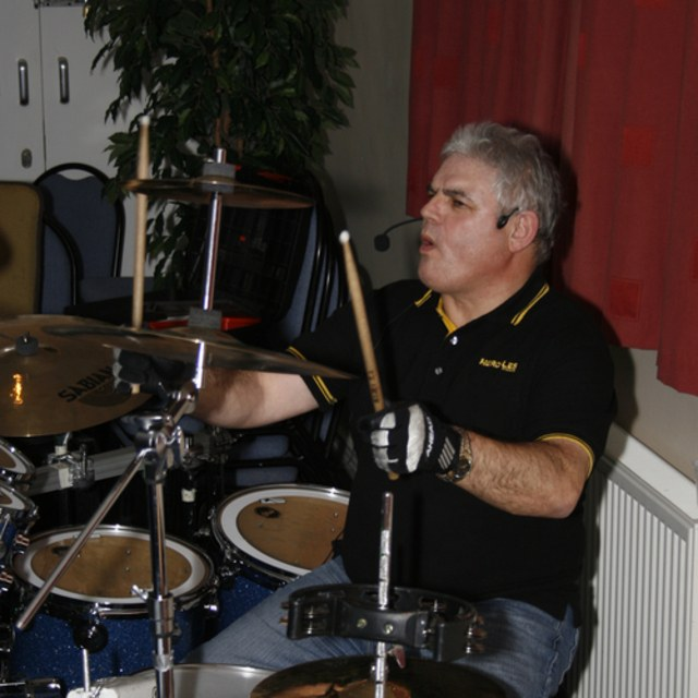 drummer band wanted