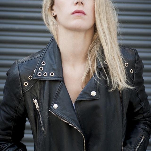 Lead-Singer-Sarah