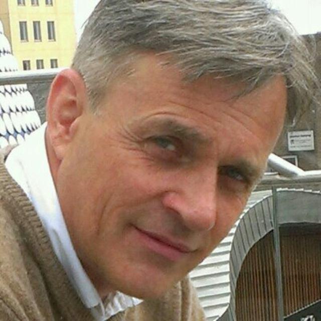 Marek305015