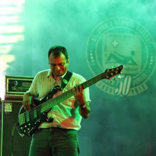 Mike rA