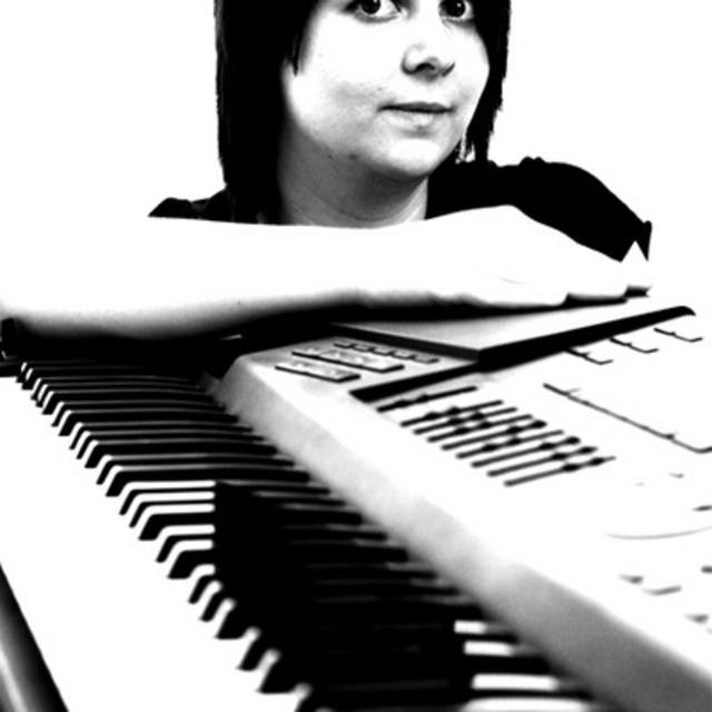 Lucy Crompton-Harris