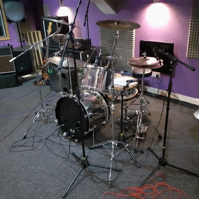 Stew-Blues-Drummer