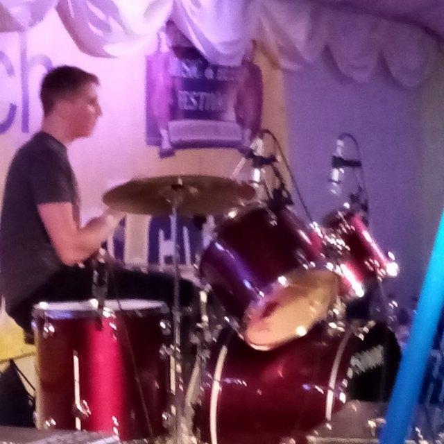 Phantom drummer