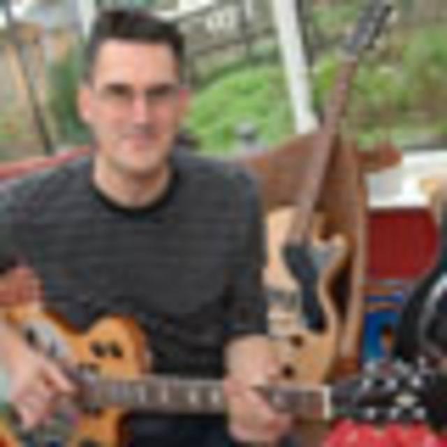 Sollophonic Guitars
