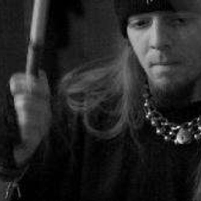 Tom_drummer